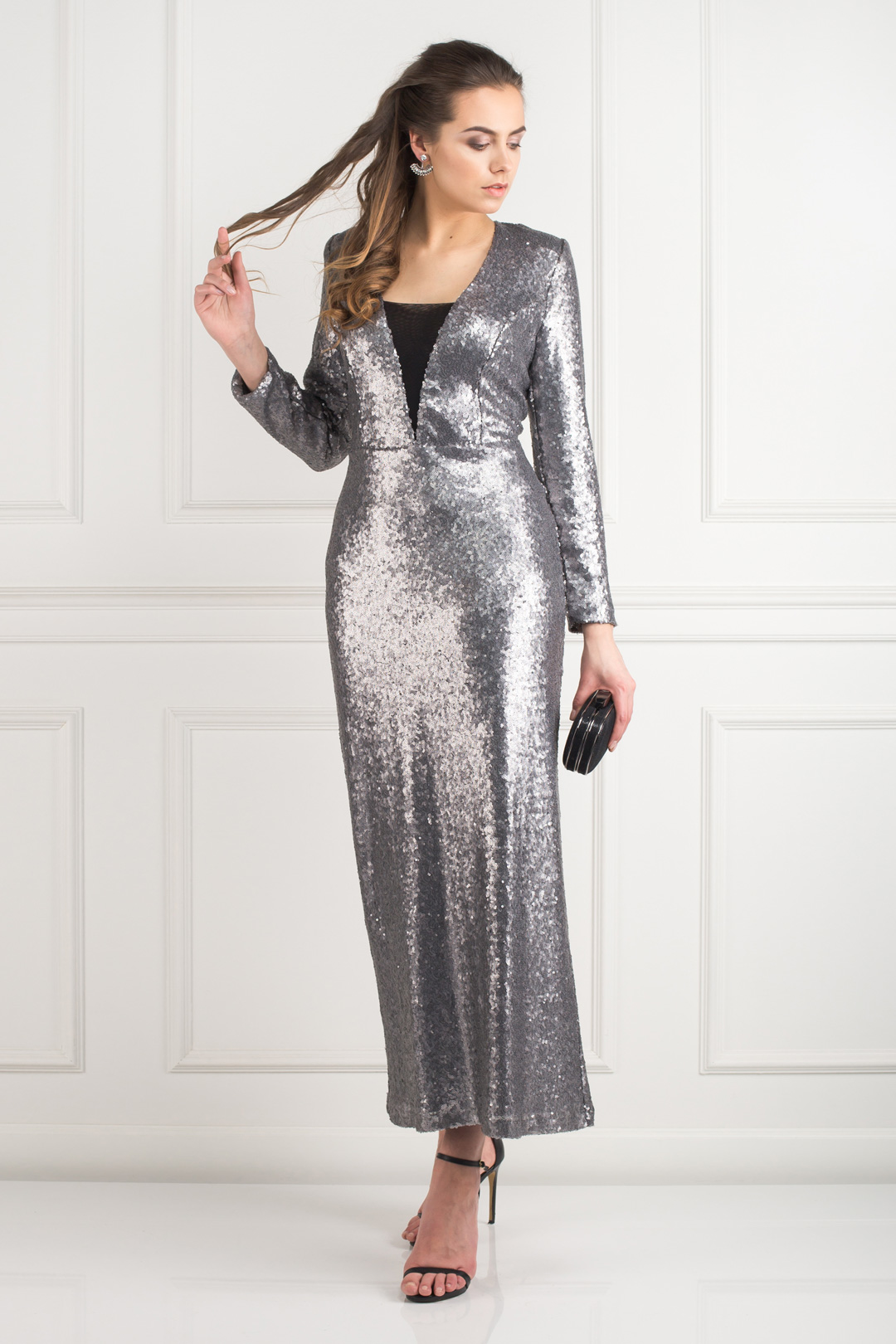 ab7dd734bf RENT BOUTIQUE / Silver Sequin Gown
