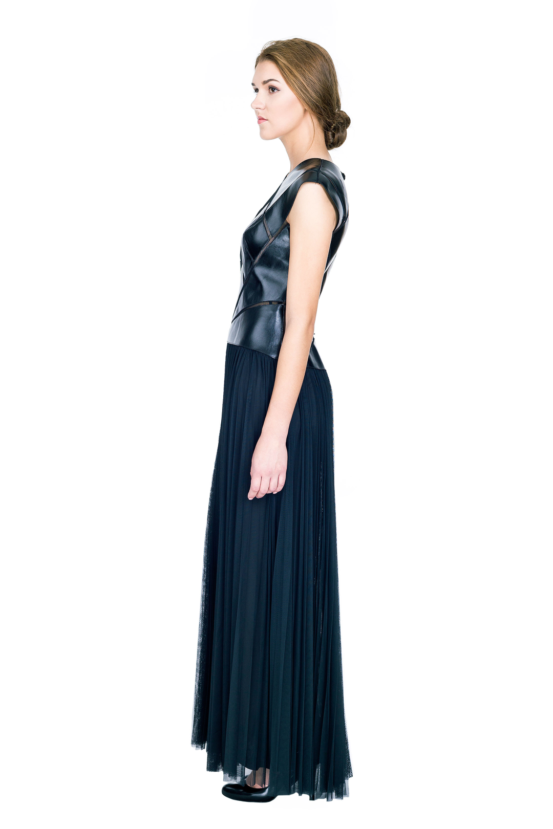 Ola Black Gown